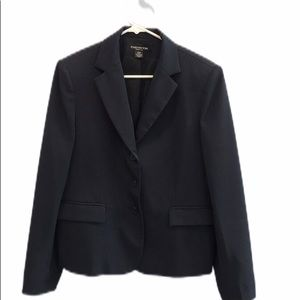 Navy Jones New York classic suit jacket size 10P